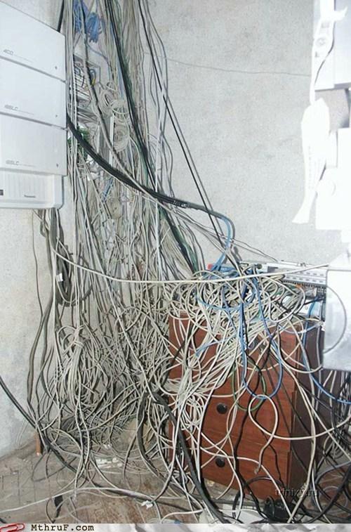 desk,wires