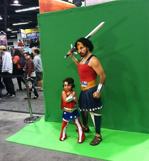 cosplay,cosplay corner,dad,wonder woman,wondercon