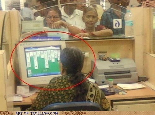 computer customer service IRL solitaire