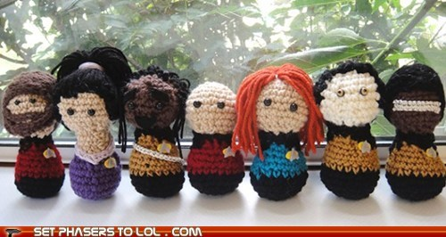 best of the week,Captain Picard,cute,data,doctor beverly crusher,Geordi Laforge,Riker,Star Trek,Worf,yarn