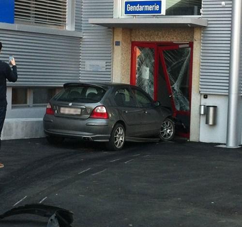 cars crash irony police - 6035990784