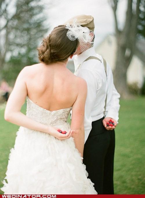 funny wedding photos KISS photoshoot - 6039422720