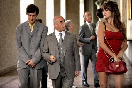 alec baldwin,ellen page,jesse eisenberg,movies,penelope cruz,to rome with love,woody allen