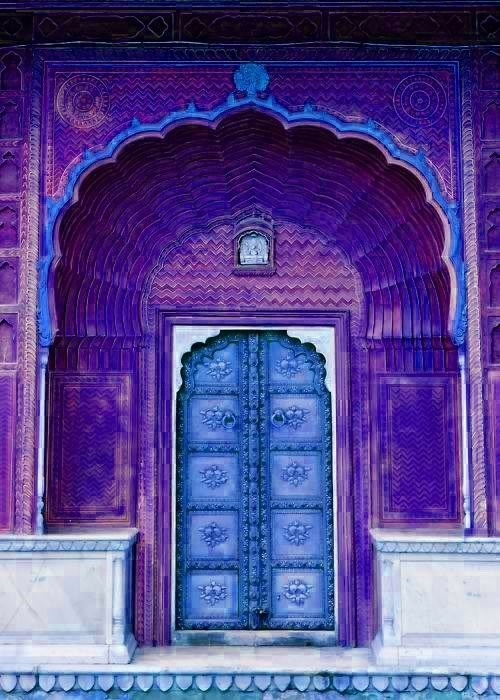 door Hall of Fame india purple - 6066661120