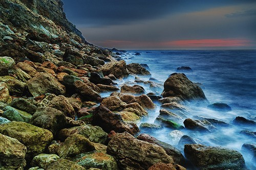 beach,ocean,rocks