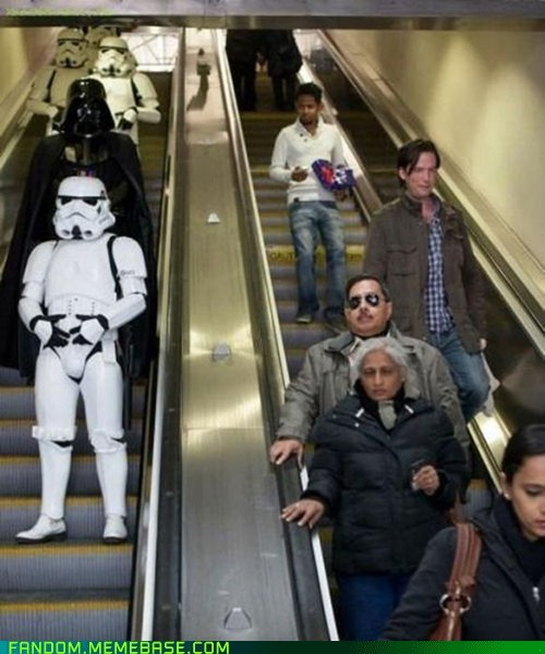 cosplay,escalator,star wars,stormtrooper