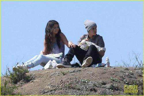 celeb,justin bieber,Selena Gomez,Subway