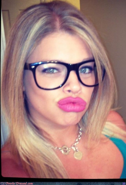 duck lips,glasses,guidette