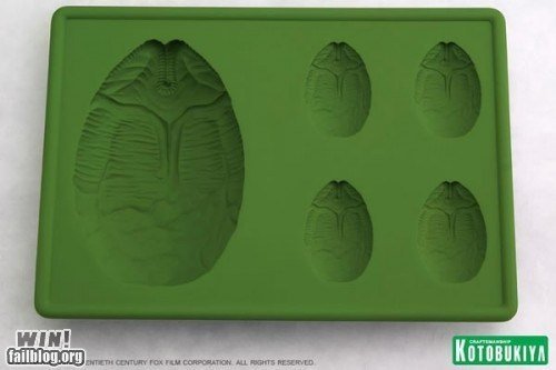 alien design ice tray nerdgasm sci fi