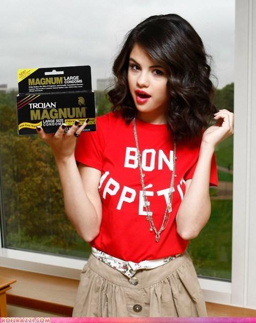 celeb funy Selena Gomez - 6108232448