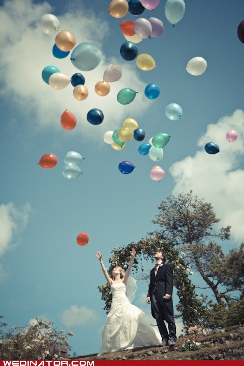 Balloons,bride,funny wedding photos,groom
