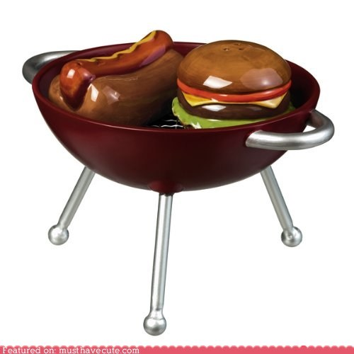 bbq grill hamburger hot dog pepper salt shakers - 6127113984