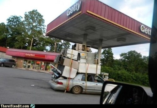 furniture gas station g rated moving moving van overload there I fixed it u-drag u-haul