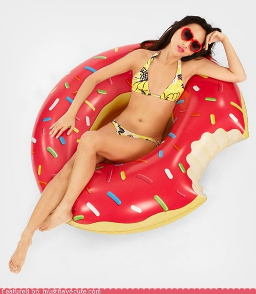 donut,float,inflatable,innertube,pool,summer