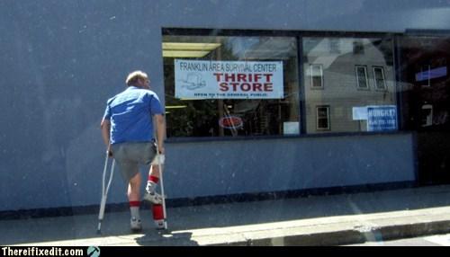 boot brace broken leg cast Coleman walking boot water cooler - 6171611904