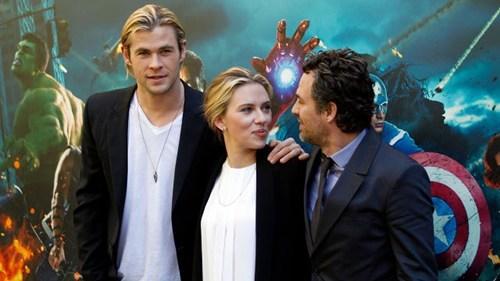 box office records comic book movies Joss Whedon regular scarlett johansson The Avengers - 6172644608