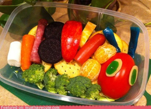 bento,book,cookies,epicute,fruit,meat,story,veggies,very hungry caterpillar