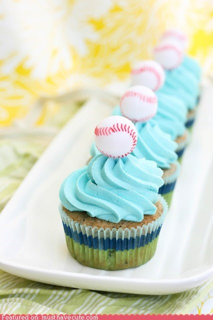 baseball cupcakes epicute frosting - 6192259072