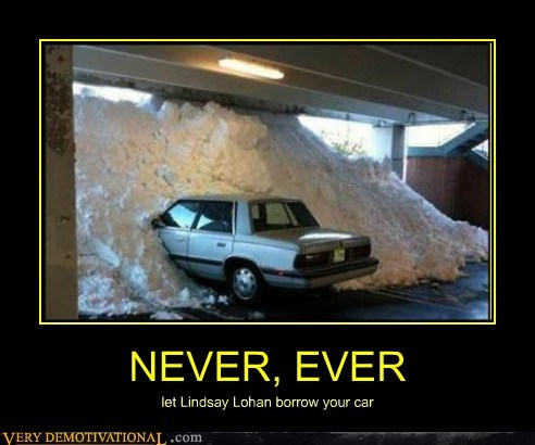 car coke hilarious lindsay lohan snow - 6195698432