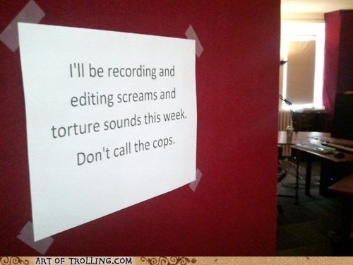 IRL recording screams sign - 6206099456
