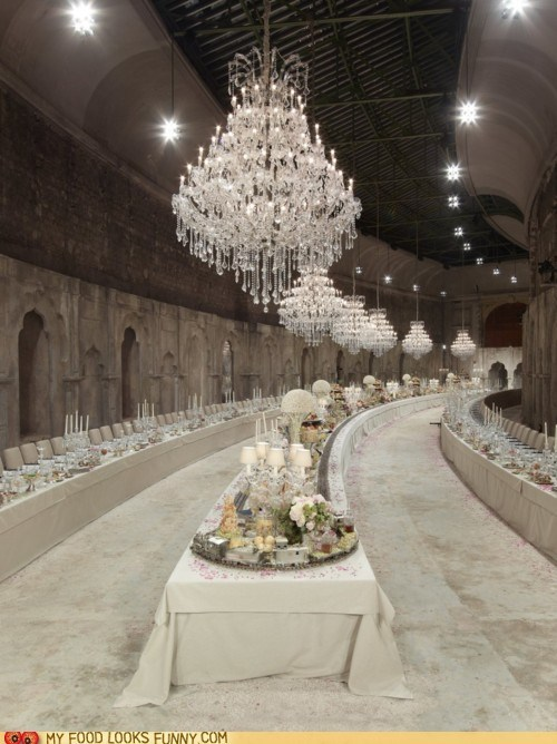 banquet chandelier fancy table white