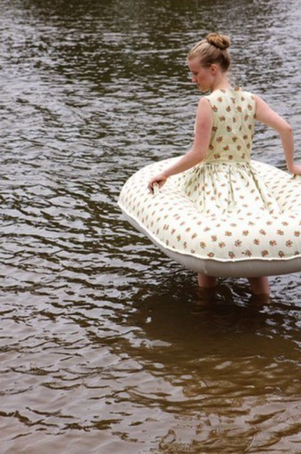 dress,flotation device,inflatable,lake