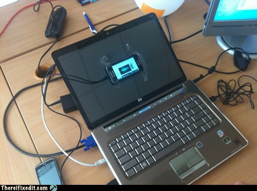 broken monitor,broken screen,laptop,laptop screen,screen,smartphone