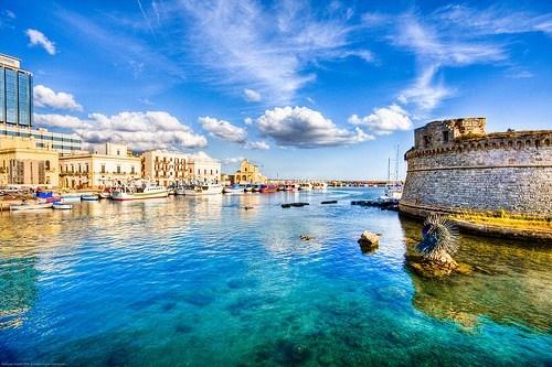 Italy,ocean-canal