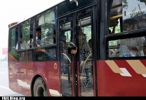 bus doors head stuck public transportation