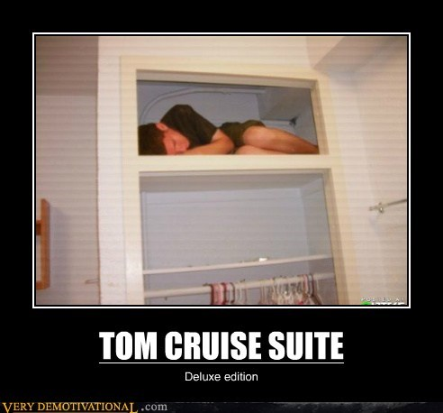 deluxe,hilarious,suite,tiny,Tom Cruise