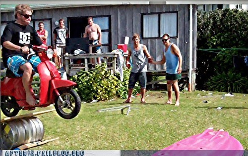 keg kegger kegjump kegstand motorcycle scooter vespa - 6226347520
