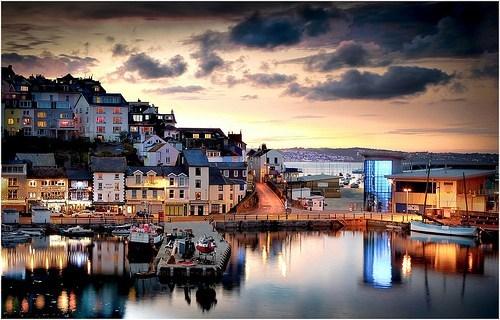 coast,england,ocean,town