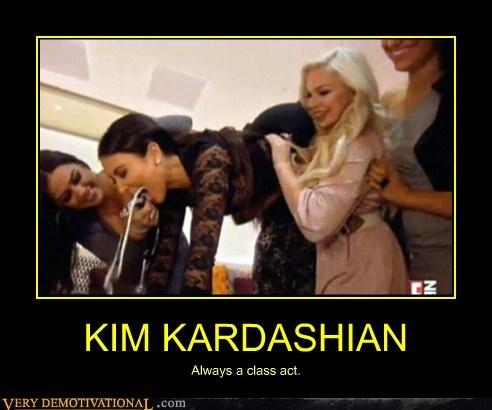classy hilarious kim kardashian wtf - 6233703424