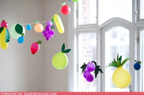 Balloons decor DIY fruit garland instructions