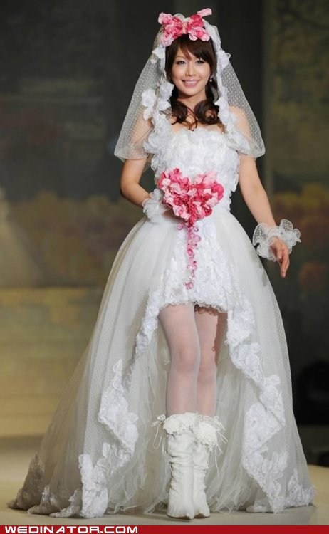 boots,bouquet,brides,funny wedding photos,runway,trashy