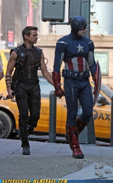 captain america hawkeye hold hands look both ways The Movies - 6251606016