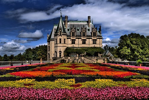flowers,garden,mansion,North Carolina