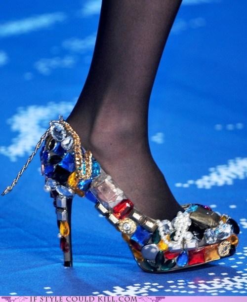 crazy shoes heels runway - 6264578304