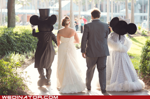 funny wedding photos mickey mouse minnie mouse - 6264696320