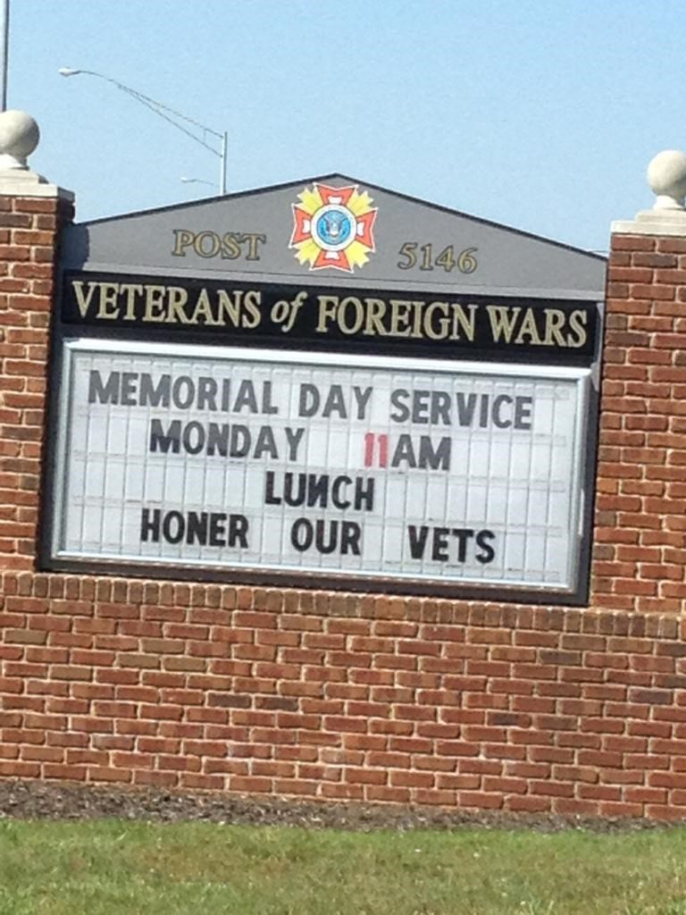 memorial day sign veterans FAIL classic