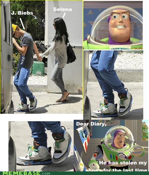 Bieber Selena Gomez buzz lightyear toy story - 6274387200