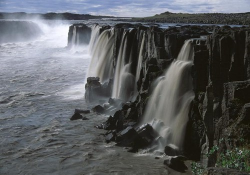 cliff,Iceland,lake,waterfall