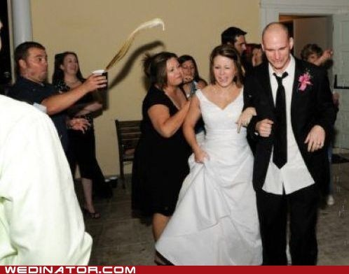 cheers FAIL funny wedding photos liquid oops toast - 6279901952