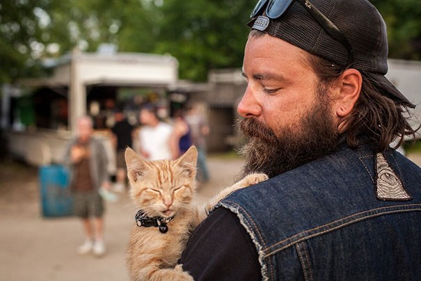 This Biker Rescued a Kitten and Took Her on the Road