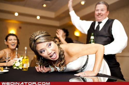 bride classy funny wedding photos groom