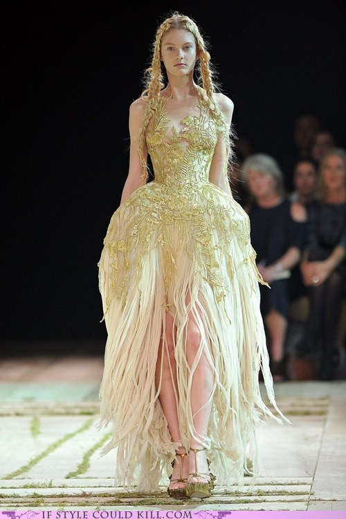 alexander mcqueen,cool accessories,dresses,gowns,runway