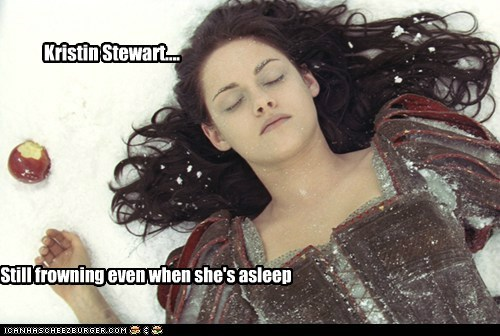 asleep,bad acting,emotions,expressions,frowning,kristen stewart,snow white,snow white and the huntsm,snow white and the huntsman