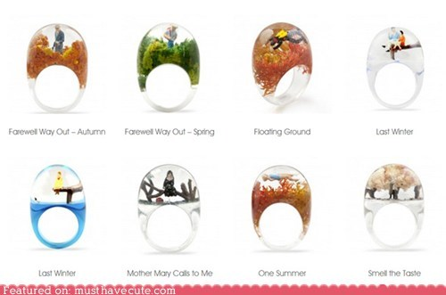 Jewelry plastic rings scenes tableau - 6287419136