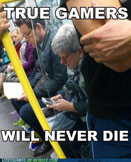 awesome gameboy IRL public transit video games - 6287565568