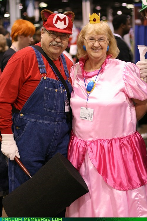 cosplay,cute,fandom,mario,old,peach,Super Mario bros,video games